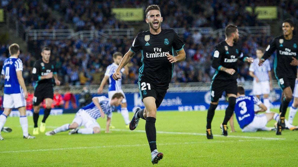Real Madrid gana de visitante a la Real Sociedad y está a cuatro puntos del líder Barcelona.