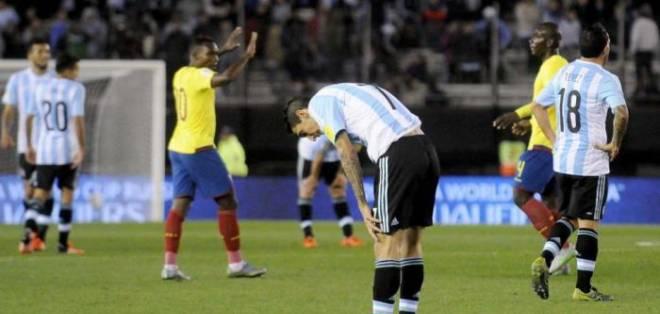 Ecuador espera cerrar su participación en eliminatorias con triunfo sobre Argentina.