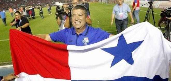 El colombiano Hernán Darío Gómez se acordó de Ecuador tras clasificar al mundial con Panamá.