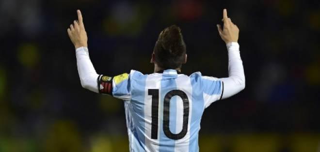 Lionel Messi fue la cara de todas las portadas de los medios argentinos. Foto: AFP