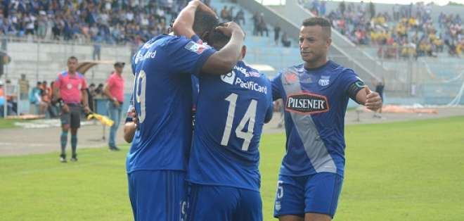 El equipo 'eléctrico' recuperó la punta del campeonato con goleada sobre Fuerza Amarilla.