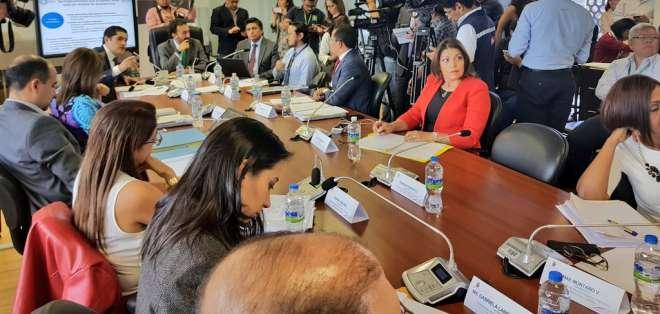 Representantes empresariales acudieron a Comisión de Asamblea que analiza proyecto. Foto: Twitter @Wilmandrade4