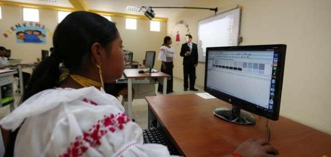 ECUADOR.-  El acceso a internet en Ecuador ha aumentando en los últimos años . Foto: El Ciudadano