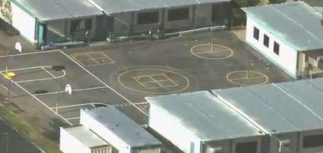 LOS ÁNGELES, EE.UU.- De acuerdo con residente local, el atacante es un exconvicto de unos 50 años. Foto: Captura de Video LA Times.