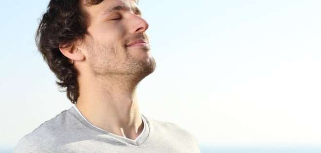 Respirar es un acto reflejo vital que puede realizarse de forma voluntaria o involuntaria.