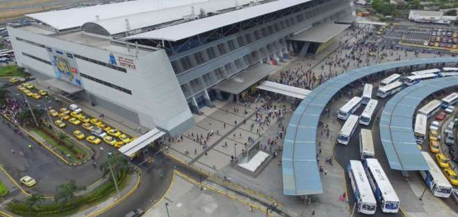 GUAYAQUIL, Ecuador.- Geofísico calificó el movimiento de moderado, aunque no descarta que se presenten réplicas de este movimiento en las próximas horas o días. Foto: Twitter Alcaldía Guayaquil.