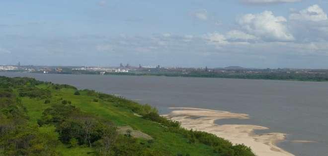 Los hombres fueron hallados a diez kilómetros del lugar del accidente, sobre la ribera del Orinoco. Foto: Mapio.net