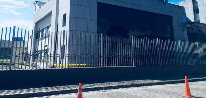 Jorge Wated manifestó queel área de contingencia estará terminada en noviembre 30 de este año. Foto: @jorgewated