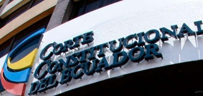 Ruiz dejó sin efecto la sesión de acuerdo a la Ley Orgánica de Garantías Jurisdiccionales. Foto: Archivo