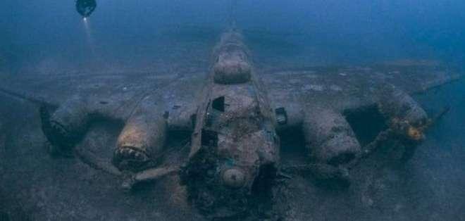 Los restos increíblemente preservados de un B-17 cerca de Vis, en Croacia. Foto: Steve Jones/www.millionfish.com