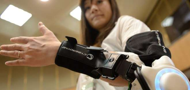 Brazos robóticos también puede ser utilizados para ampliar los alcances de las extremidades.