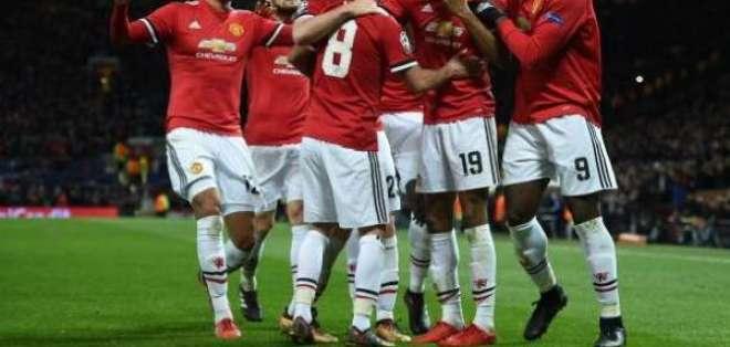 Manchester United clasificó a los octavos de final como ganador de su grupo.