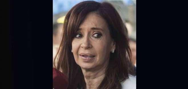 En octubre pasado, Kirchner (2007-2015) se presentó ante el juez para rechazar por escrito las acusaciones en su contra. Foto: AFP