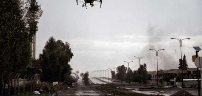Los drones armados llevan una década participando en conflictos armados alrededor del mundo.