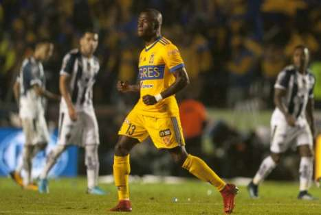 El atacante ecuatoriano fue una de las figuras del equipo 'felino' en la final. Foto: AFP