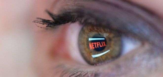 Netflix fue cuestionada por revelar información sobre los gustos de sus usuarios.