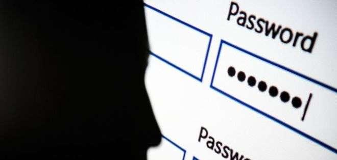 Uno de los errores más comunes es usar la misma contraseña en varios sitios y aplicaciones.