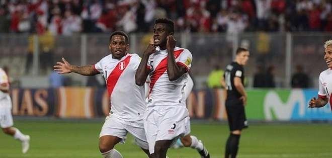 El peruano Christian Ramos mostró su alegría por la reducción de la sanción a Paolo Guerrero.