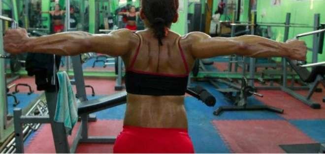 ¿Qué pasaría si las mujeres tuvieran la misma fuerza física que los hombres?