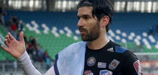 Sebastián Abreu, con 41 años, va por su equipo número 26 en su trayectoria deportiva.