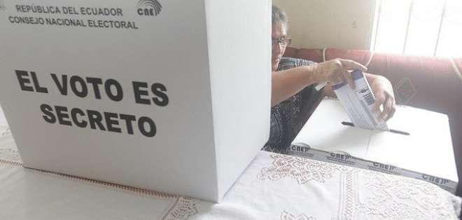 Apelaciones fueron presentadas por dirigentes de PAIS del ala correísta. Foto referencial / Twitter CNE