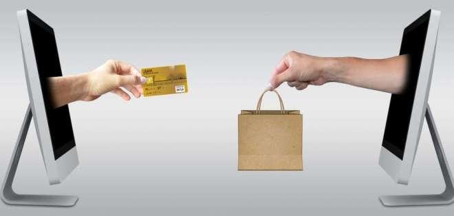 Los bancos realizaron el compromiso de reducir $800 millones anuales en la demanda de efectivo, según BCE. Foto: Tomado de Pexels.