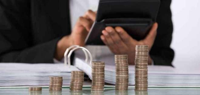 La normativa incluye que el dinero electrónico pase a la banca privada. Foto referencial / tomada de telemundo.com