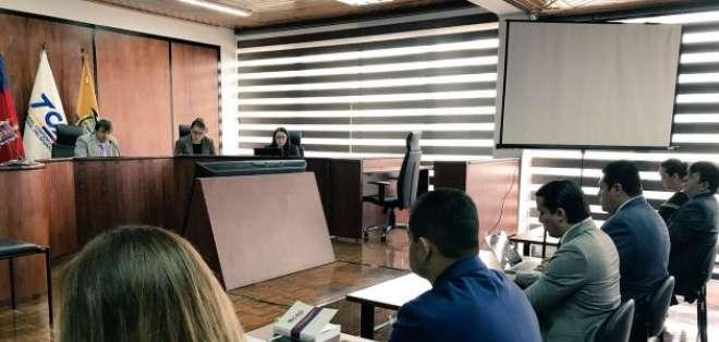 La apelación presentada por el ala correísta de Alianza PAIS busca dejar sin efecto la inscripción del ala morenista de AP para la campaña por el sí. Foto: TCE