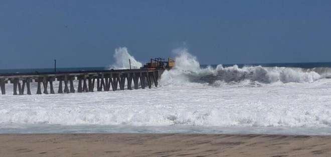 Los días 30 y 31 de diciembre la altura de las olas se encontrará entre 0.30 y 0.90 metros. Foto: referencial