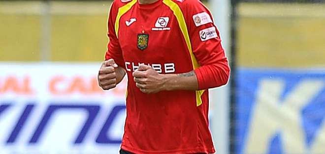El argentino Juan Ignacio Dinenno sería nuevo jugador de Barcelona en reemplazo de Jonatan Álvez.