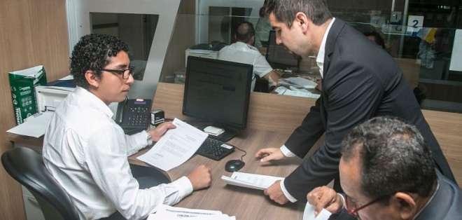 El político Dalo Bucaram presentó una medida cautelar en contra del organismo. Foto: API