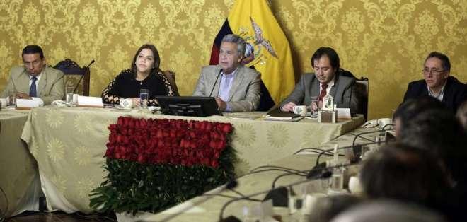 QUITO, Ecuador.- Moreno no reveló nombres, pero extraoficialemente se habla de tres mujeres en la terna. Foto: API