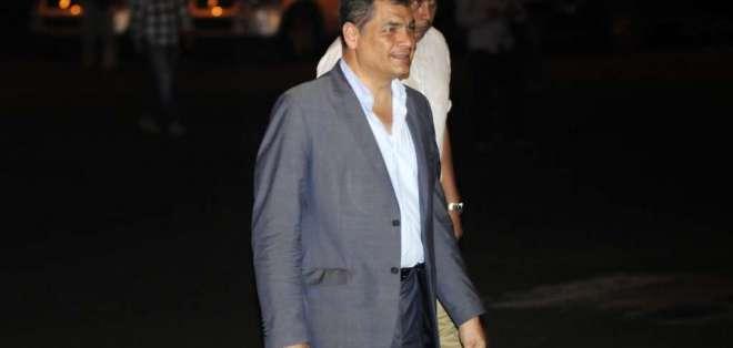ARCHIVO.- Correa retorna a Bélgica tras participar de encuentro de AP, facción correísta. Foto: API