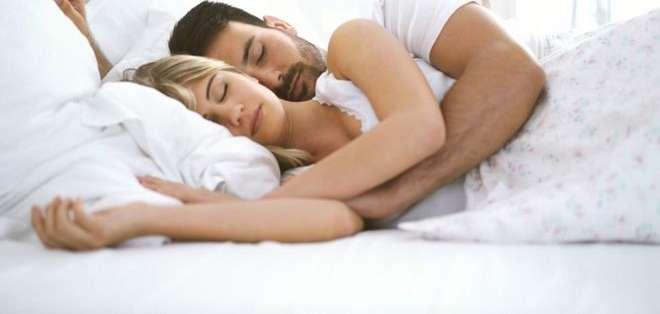 Los hombres son más proclives a decir groserías cuando hablan dormidos que las mujeres.