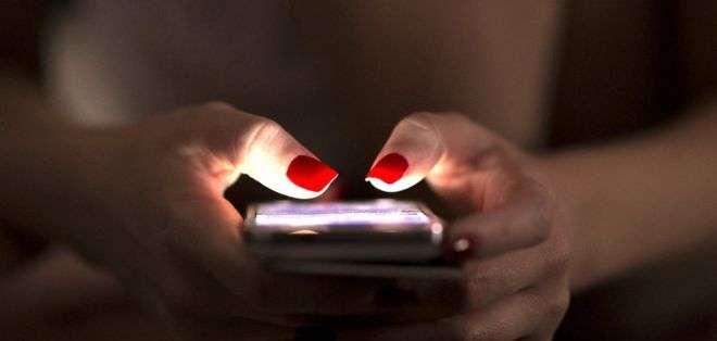 """Los """"metadatos"""" revelan información sobre los datos que recoge nuestro teléfono todos los días."""