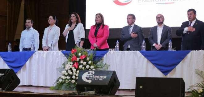 Según la vicepresidenta, se busca generar mejores condiciones para ciudadanía. Foto: Twitter Vicepresidencia