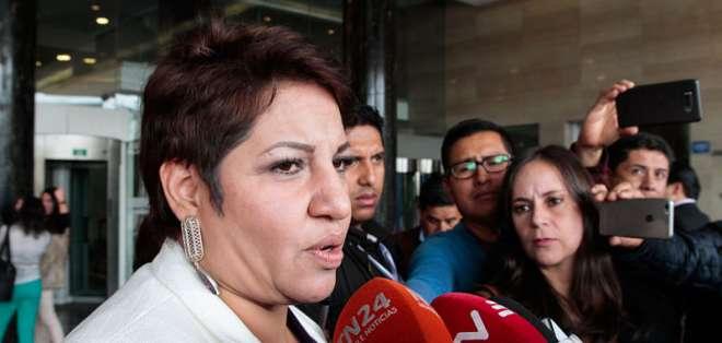 QUITO, Ecuador.- La presidenta de Comisión de Fiscalización es cuestionada por suspensión de juicio Glas. Foto: Ecuavisa.