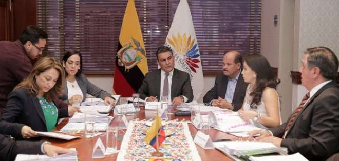QUITO, Ecuador.- El Consejo de Administración Legislativa (CAL) sancionó a tres asambleístas por su conducta. Foto: Asamblea Nacional