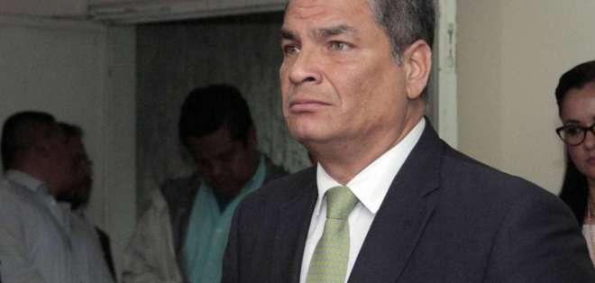 Rafael Correa recibe notificación de la Fiscalía por preventa petrolera a Petrochina. Foto: Archivo