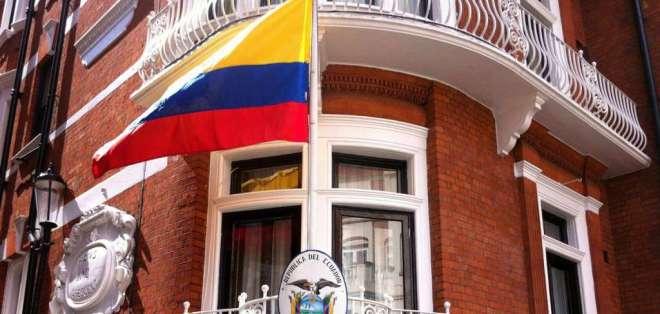 Julian Assange estaría inscrito en el Registro Civil ecuatoriano. Foto: ABC