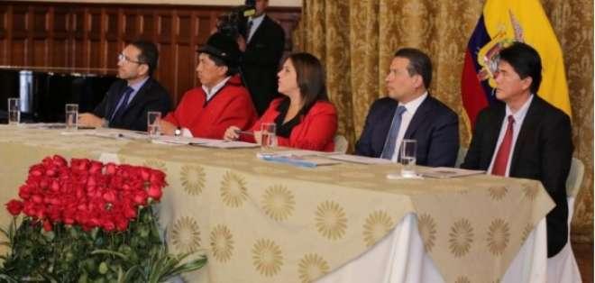 Gobierno ofrece $ 2.000 millones a los municipios para provisión de agua. Foto: ElCiudadano.gob.ec