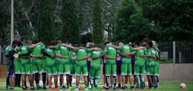 El equipo mantense se encuentra en Uruguay haciendo su pretemporada. Foto: Tomada de la cuenta Twitter @DelfinSC
