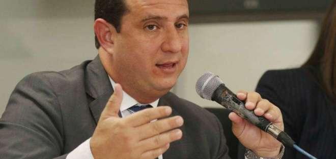 """ECUADOR.- """"Para repatriación de capitales al país habrá incentivos, que buscarían inversión de residentes en el extranjero"""", dijo Leonardo Orlando. Foto: @SRIoficialEc"""
