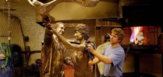 Diana de Gales tendrá una nueva estatua para conmemorar el aniversario de su muerte. Foto: AP.