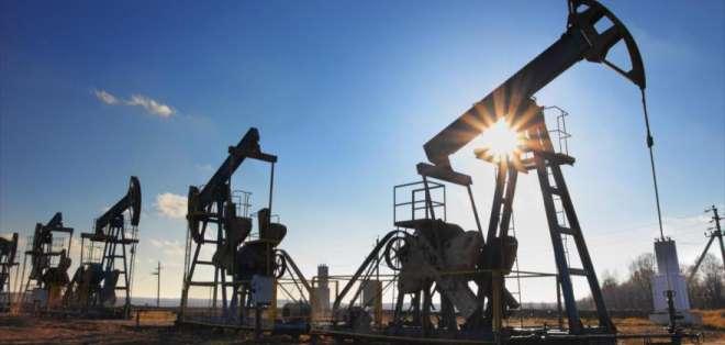 Ecuador produce hasta 520 mil barriles diarios de crudo, según ministro de Hidrocarburos. Foto: Referencial