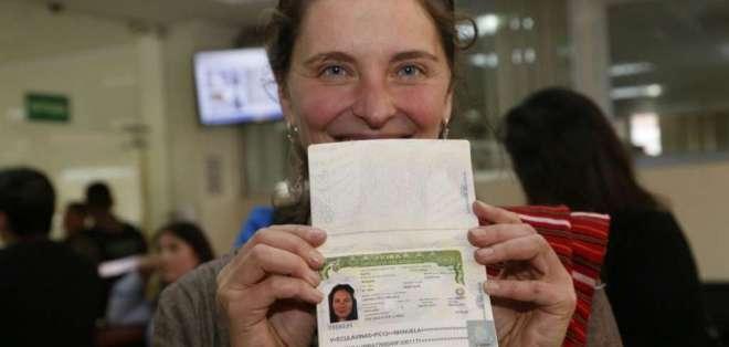 Manuela Picq recibe nueva visa y regresa a los Estados Unidos. Foto: API