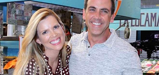 Carlos Ponce junto a Martiza Rodríguez, protagonistas de 'Silvana sin Lana'. Foto: Telemundo.