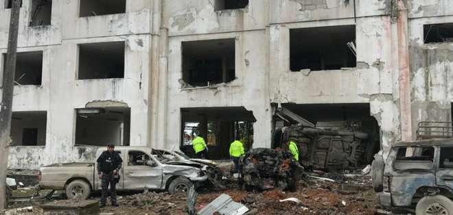 Un coche bomba afectó el 95 % de la estructura del edificio y dejó 24 heridos leves. Foto: Min. Interior