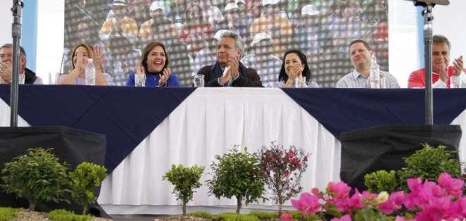 El presidente ratificó su confianza en las Policía Nacional y Fuerzas Armadas en acto al sur de Quito. Foto: Presidencia