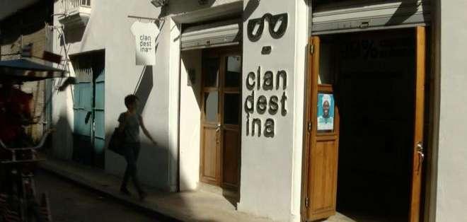 La tienda de Clandestina abrió en La Habana Vieja a comienzos de 2015 y ha sido un éxito de ventas desde el comienzo.